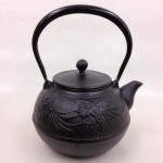 南部鉄瓶 鳳凰(黒) 1.2L 鉄蓋